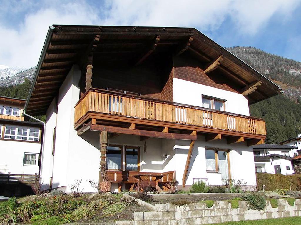 Zubau-1-Holzbau-vorher-Norz-Thaur-Eisbergweg.jpg
