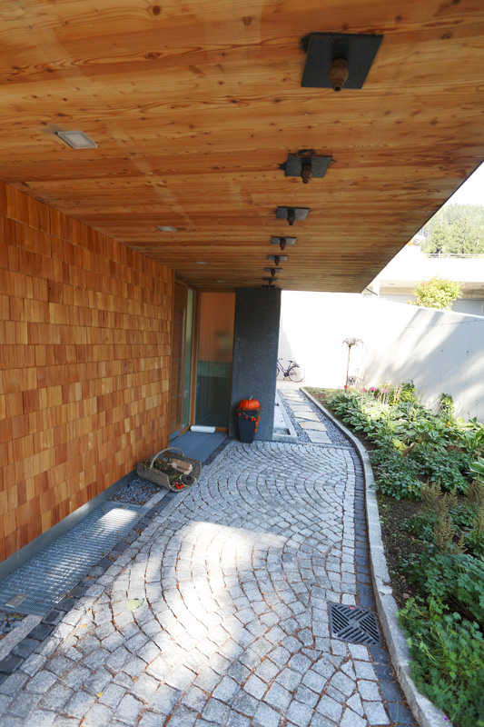 Zimmerei-Norz-Schindeln-2.jpg