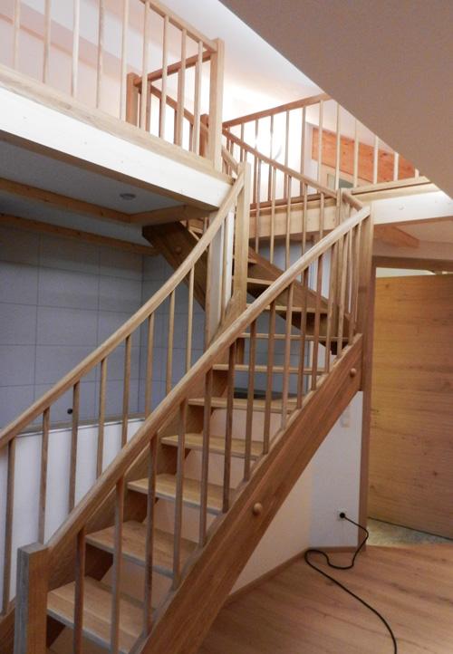 Holzstiege-5-Zimmerei-Norz.jpg