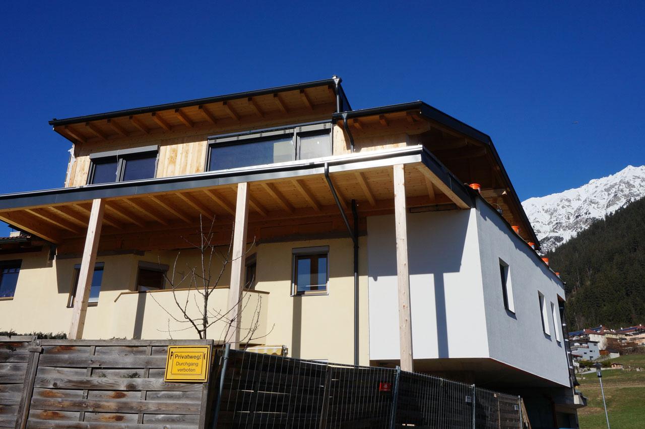 1-15-20-Aufstockung-Holz-Zimmerei-Norz-Thaur.jpg
