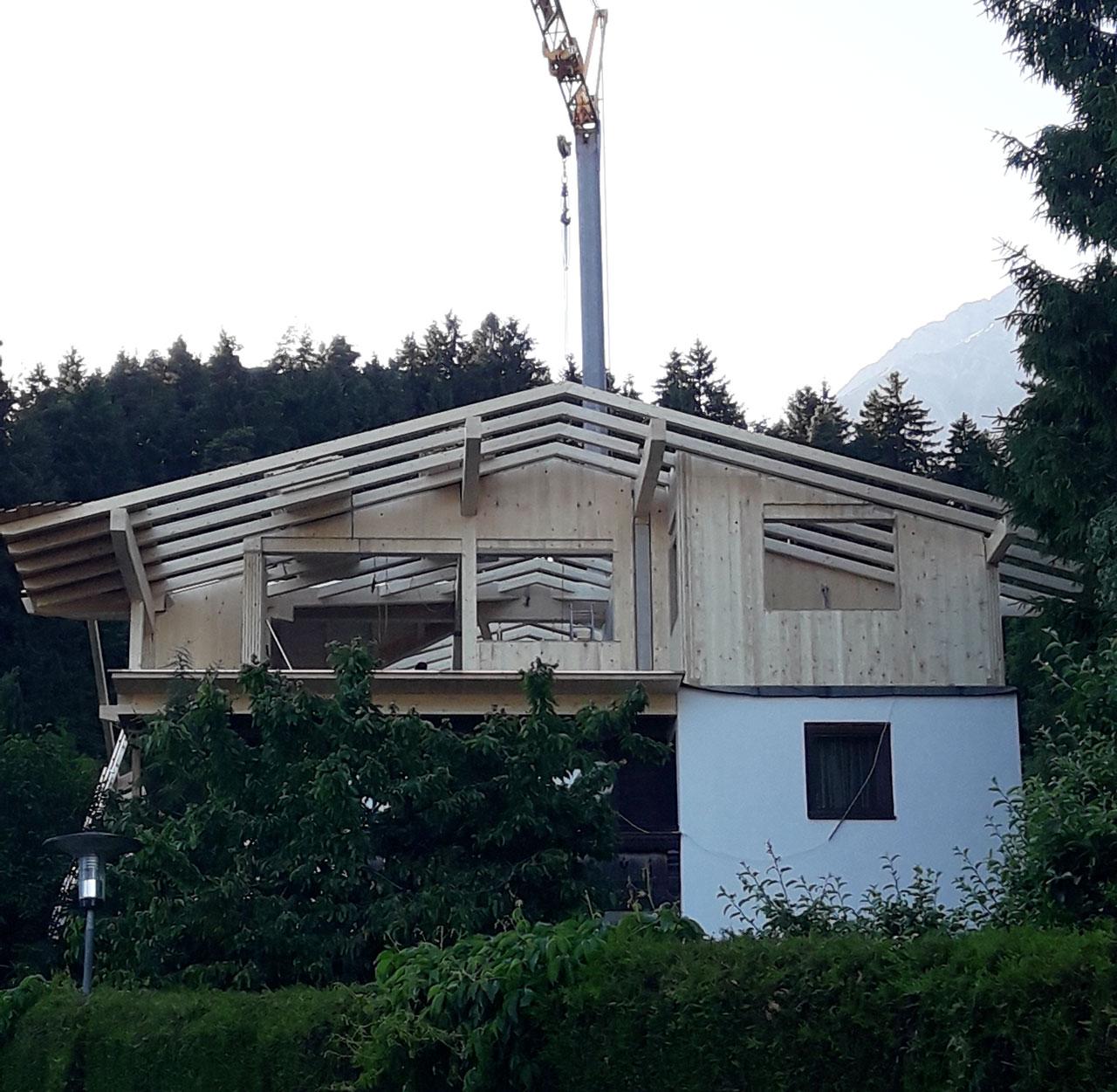 1-9-20-Aufstockung-Holz-Zimmerei-Norz-Thaur.jpg