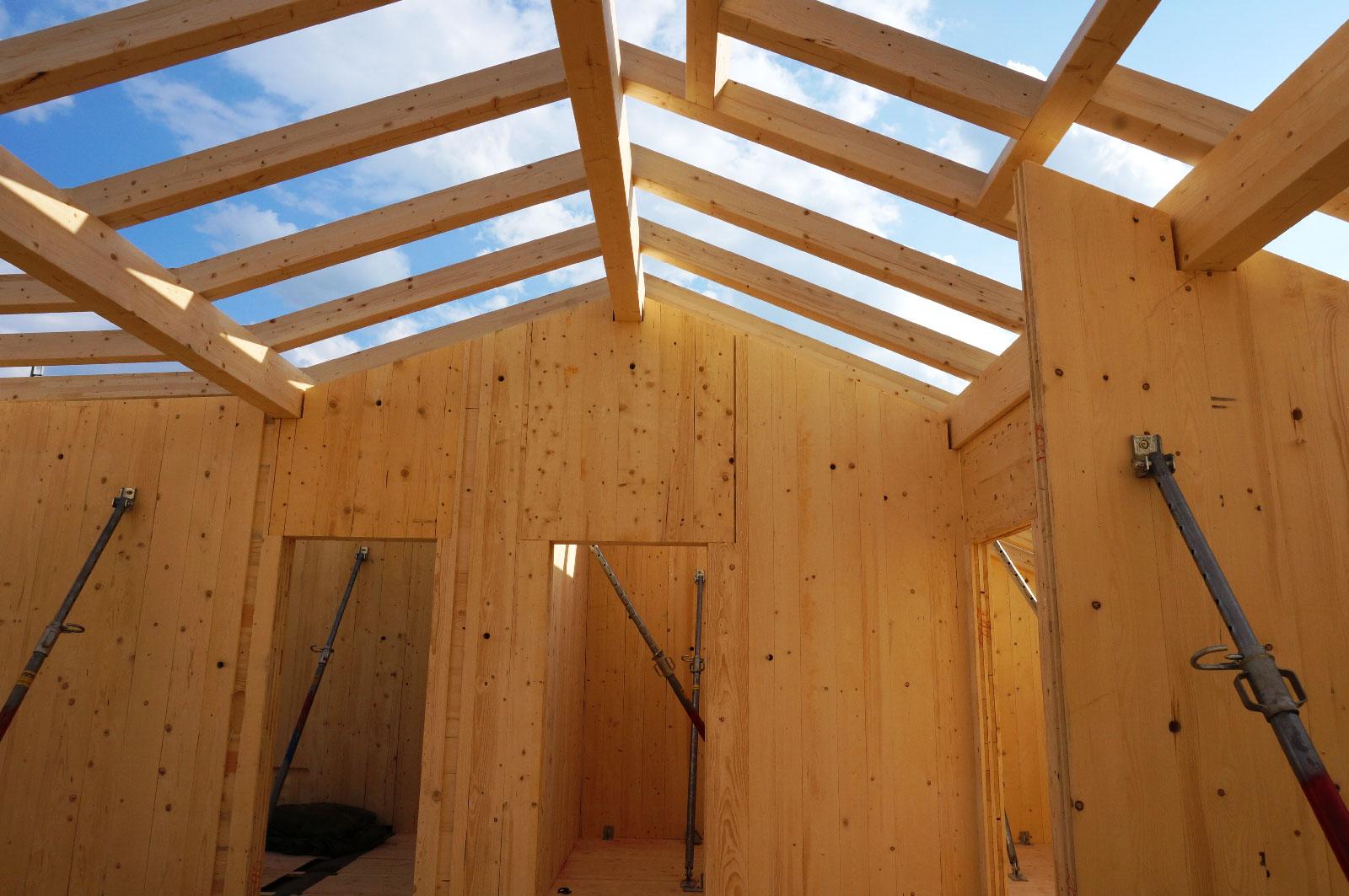 16-Zu-und-Umbau-Einfamilienhaus-mit-Vollholzwaenden-Holzbau-Zimmerei-Norz-2019.jpg