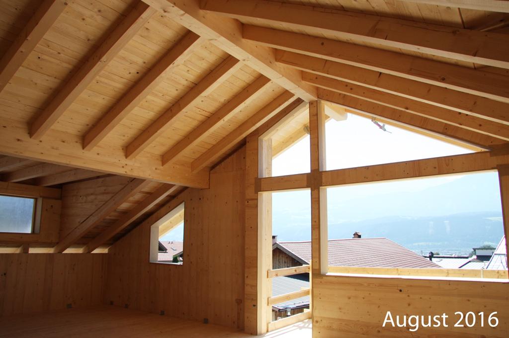 Haus-Holzbau-innen-Norz-Thaur-August-2016.jpg