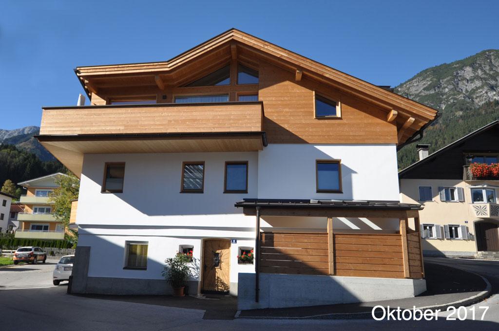 Haus-aussen1-Holzbau-Norz-Thaur-Oktober-2017.jpg