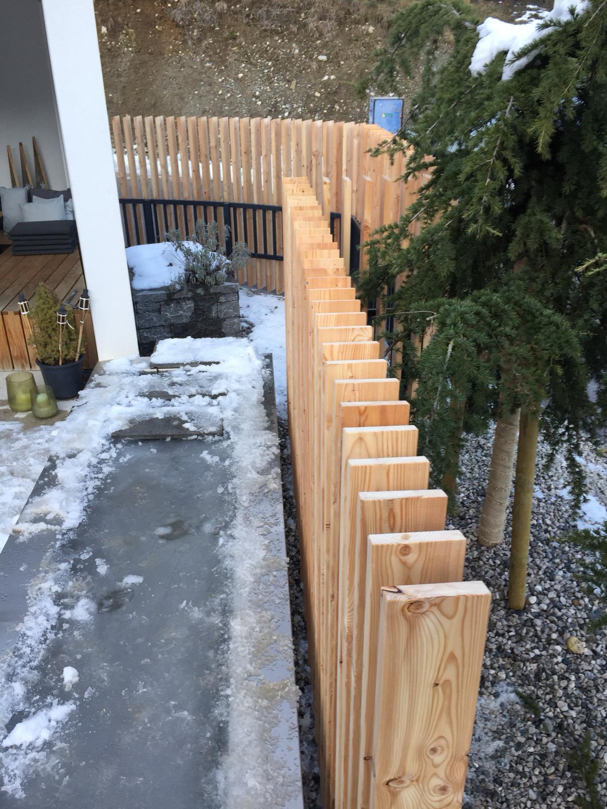 15-Holz-Zaun-2018-Norz-Thaur.JPG